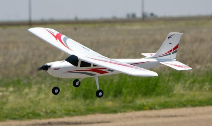 成功案例 (EB1A 航模教练)